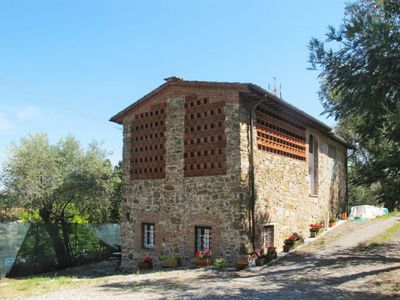 Photo for Vacation home Rustico Gino (LUU172) in Lucca - 3 persons, 1 bedrooms