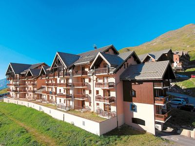 Photo for Apartment with a balcony or terrace near the piste