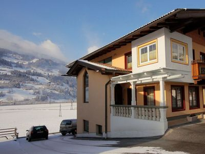 Photo for Beautiful apartment for 7 guests with WIFI, TV, balcony and parking