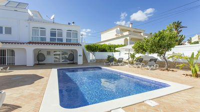 Photo for A modern,stylish, well furnished villa perfect for relaxing with family/friends