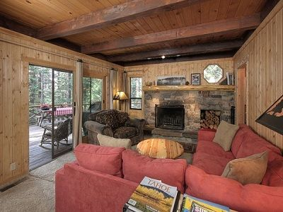 Photo for Charming Private Woodsy Lake-Tahoe-Style Retreat Warm Cozy Family Ski Cabin Wifi