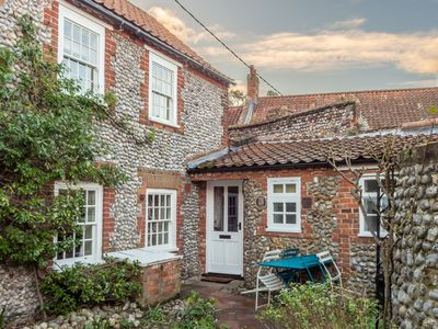 Photo for Jane's Cottage is a traditional 200-year-old flint faced cottage