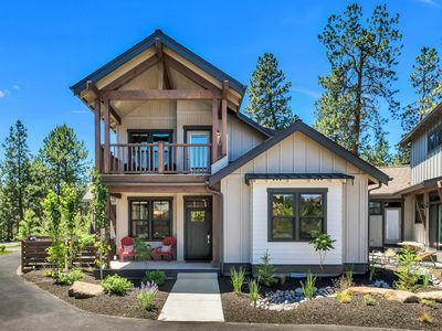 Photo for Brand New River Camp Home, Minutes to Deschutes River, Close to Mt. Bachelor!