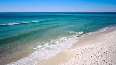 Photo for Destin Holiday Beach Condo across from Big Kahuna' Water Park