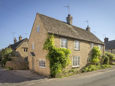 Photo for Corner Cottage is a cosy contemporary cottage providing the perfect Cotswold escape for families or