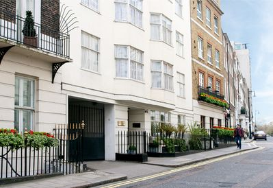 Mayfair Serviced 2 bedroom Apartments - Ideal for Families - 5 days Maid  Service - City of Westminster