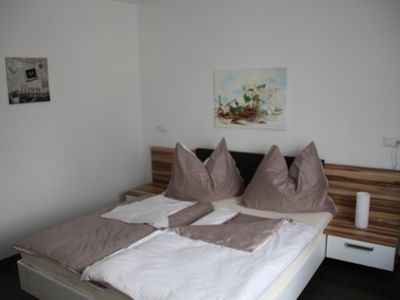 Photo for House in Vienna - only 15 minutes to downtown