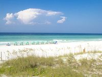 Great experience. Great beach access and convenient to everything that Miramar/Destin has to offer.