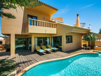 Photo for 4 bedroom Villa, sleeps 10 with Pool, Air Con and FREE WiFi