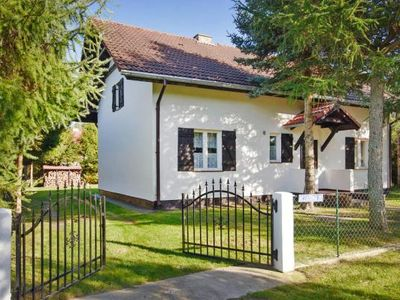 Photo for holiday home, Lubiatowo  in Pommersche Seenplatte - 12 persons, 4 bedrooms