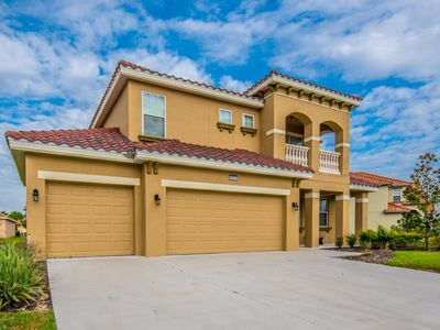 Photo for Ultimate 6 Bedroom 5 Bath Solterra Resort Home With Pool and Spa 12 Minutes From Disney