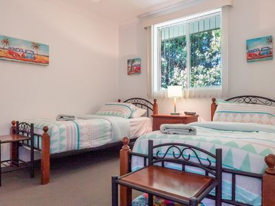 A 2 minute walk to the Main Street of Sawtell! Linen Included