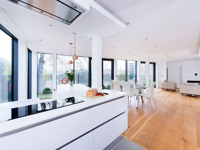 Photo for Stunning 5BR House in East London
