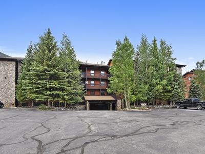 Photo for One bedroom. One bath condo. Centrally located and convenient to many activities!