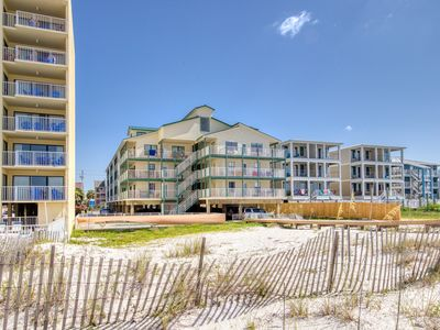 Photo for New Listing! Gulf side condo w/ocean views & shared pool - Snowbird welcome!