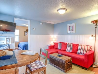 Photo for One Bedroom Apt only steps from the ocean.  Best Location!