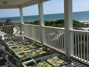 Beachfront Home Faces Sunset with Large Beautiful Beach, Elevator,  Wi-Fi