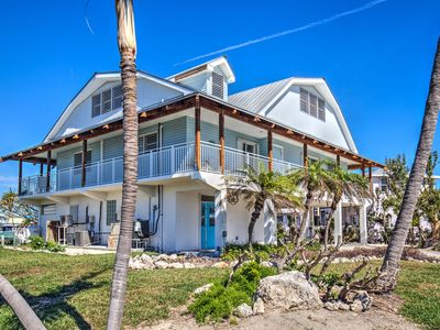 Photo for Large, updated home on Key Colony Beach with lots of dockage and Cabana Club