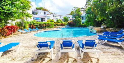 3 bd with pool and sun deck on a low sea cliff leads down to the beach