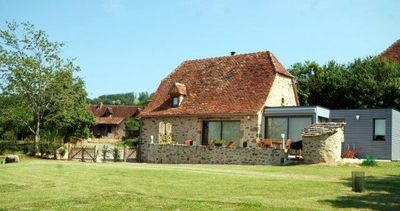 Photo for Quality Quercy barn, near Figeac, Rocamadour, St Cirq Lapopie