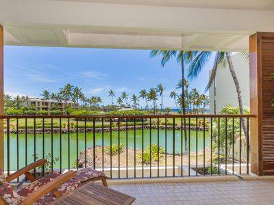 Photo for Two Bedroom Oceanfront Condo Only Steps Away from the Beach at the Mauna Lani Resort!