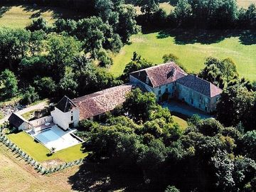 Luxurious Manor House with Private Pool and Tennis Court