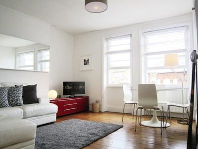 Photo for SR West Kensington lovely and bright 2 bedroom flat