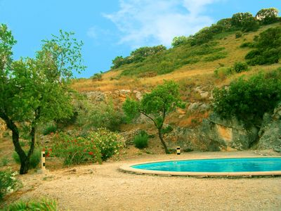 Photo for Provencal farmhouse in central Provence