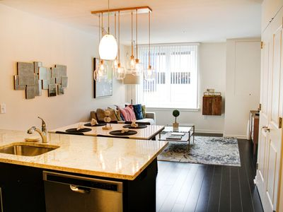 Photo for Manhattan in minutes! Luxury, location and FREE parking
