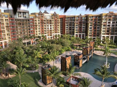 Photo for Two-bedroom unit at a luxury beachfront resort!