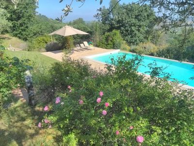 Photo for 4 bedroom villa in Umbria with pool