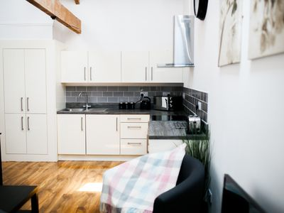Photo for 2 br | ❤️ of the City | Modern | Spacious | Netflix