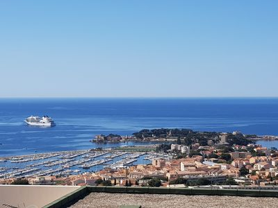 Photo for Bandol RESIDENCE STANDING POOL - EXCEPTIONAL SEA VIEW TERRACE
