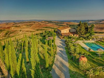 Photo for Luxury Tuscany villa with pool