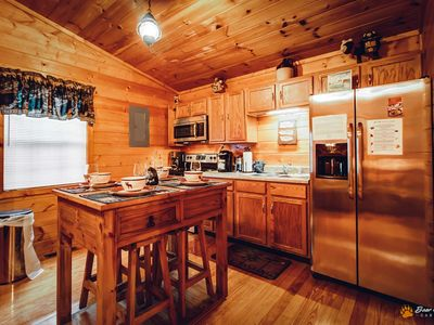 Photo for Cozy Cabin, Great Location, FREE area attraction Tickets.