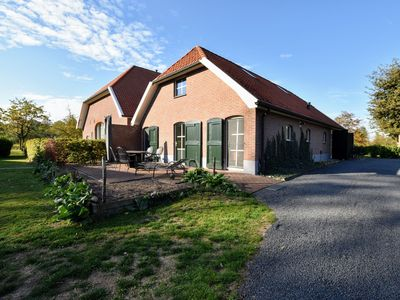 Photo for Holiday house with 2 bedrooms, 2 bathrooms, sauna, on the estate in the Achterhoek
