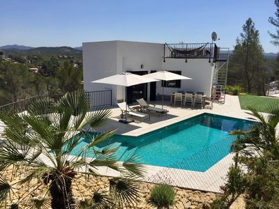 Photo for Luxury holiday villa in the hills near Sitges / Olivella with breathtaking views