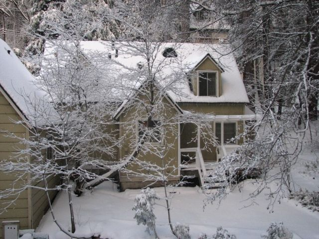 Off Season Discounts On Large Family Retreat Cabin Sleeps