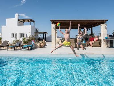 Photo for MELODIE, pool, fantastic outdoor kitchen and lounge, beautiful sea views.