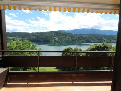Photo for Sunny 2 room apartment with a fantastic view of Lake Millstatt