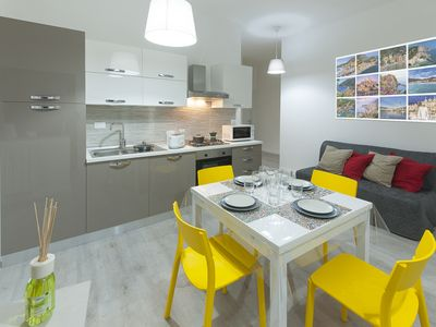 Photo for THE TORRI RIVIERA-HOLIDAY, Free wifi in the center from 2 to 6 beds, 2 TVs.