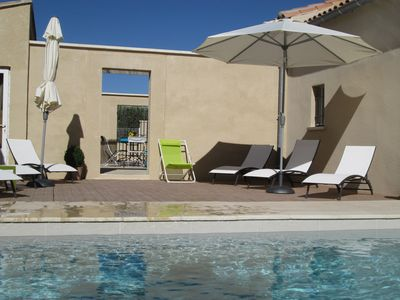 Photo for Nice holiday rental, with heated pool - Alpilles - 4 people