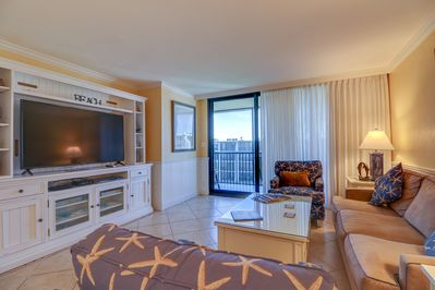 Sundial F408: Beautiful Condo w/ Soothing Beach Style Decor and 2 Queen  Beds! - Sanibel