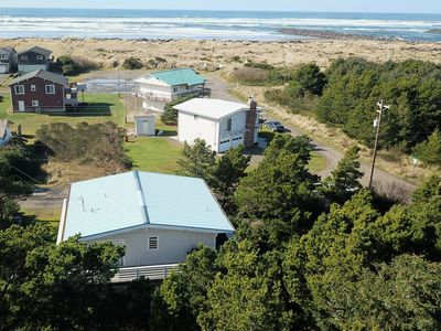 Photo for Three Bedroom ~ Hot Tub ~ Wi-Fi ~ Partial Ocean View ~ Quiet Nedonna Beach