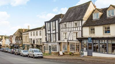 Photo for Charming Cotswold Getaway Apartments in Burford - sleeps 10 guests  in 5 bedrooms