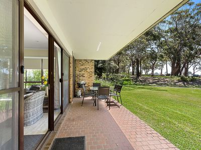 Photo for 19 'Bay Parklands', 2 Gowrie Avenue - ground floor renovated unit with water views & WIFI
