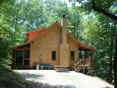 Photo for Chattahoochee Chillin  with hot tub and internet access. Great Mtn. Getaway.