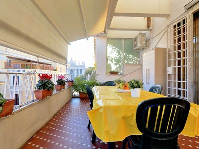 Photo for Family-sized apartment in Rome, 4 bedrooms, up to 8 people, close metro station