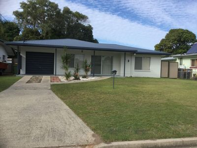 Photo for Lowset home with attached Granny Flat -  Doomba Dr, Bongaree