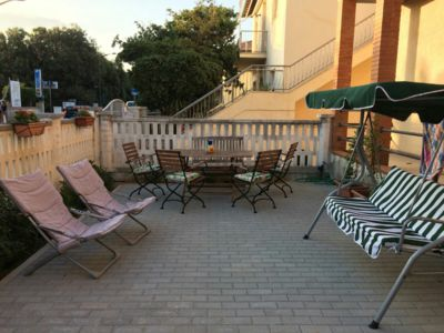 Photo for Holiday home, 100 meters from the sea, very comfortable